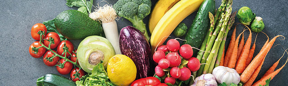 Selection of fruit and vegetables to illustrate the cooperation between activeIT & EDITEL