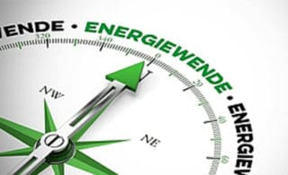 Kompass wo die Nadel auf Energiewende zeigt